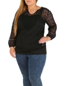 Samya Plus Size Layered Floral Crochet Top