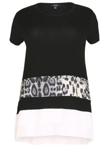 Samya Plus Size Monochrome Top With Tiered Hem