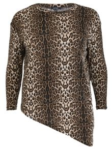 Samya Plus Size Leopard Asymmetric Knit Top