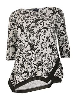 Plus Size Patterned Hem Top