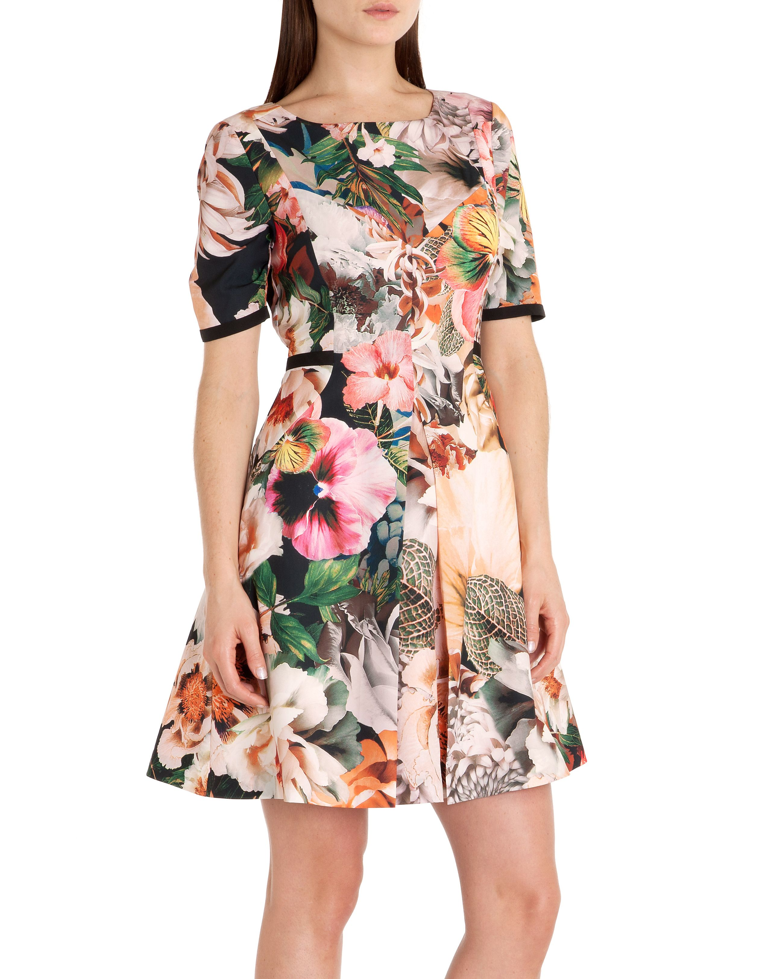 Timliaa tangled floral print dress