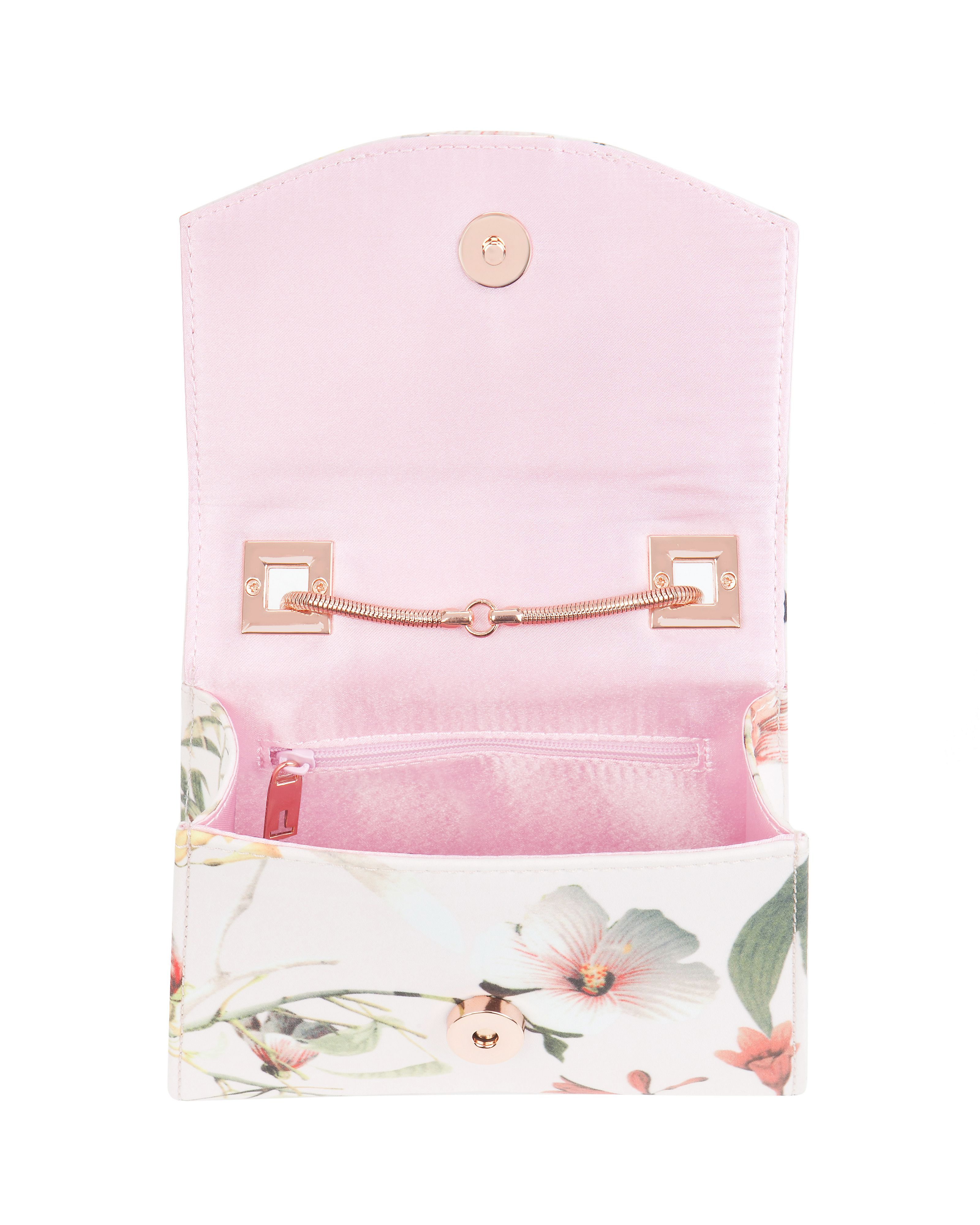 Trudie botanical bloom clutch