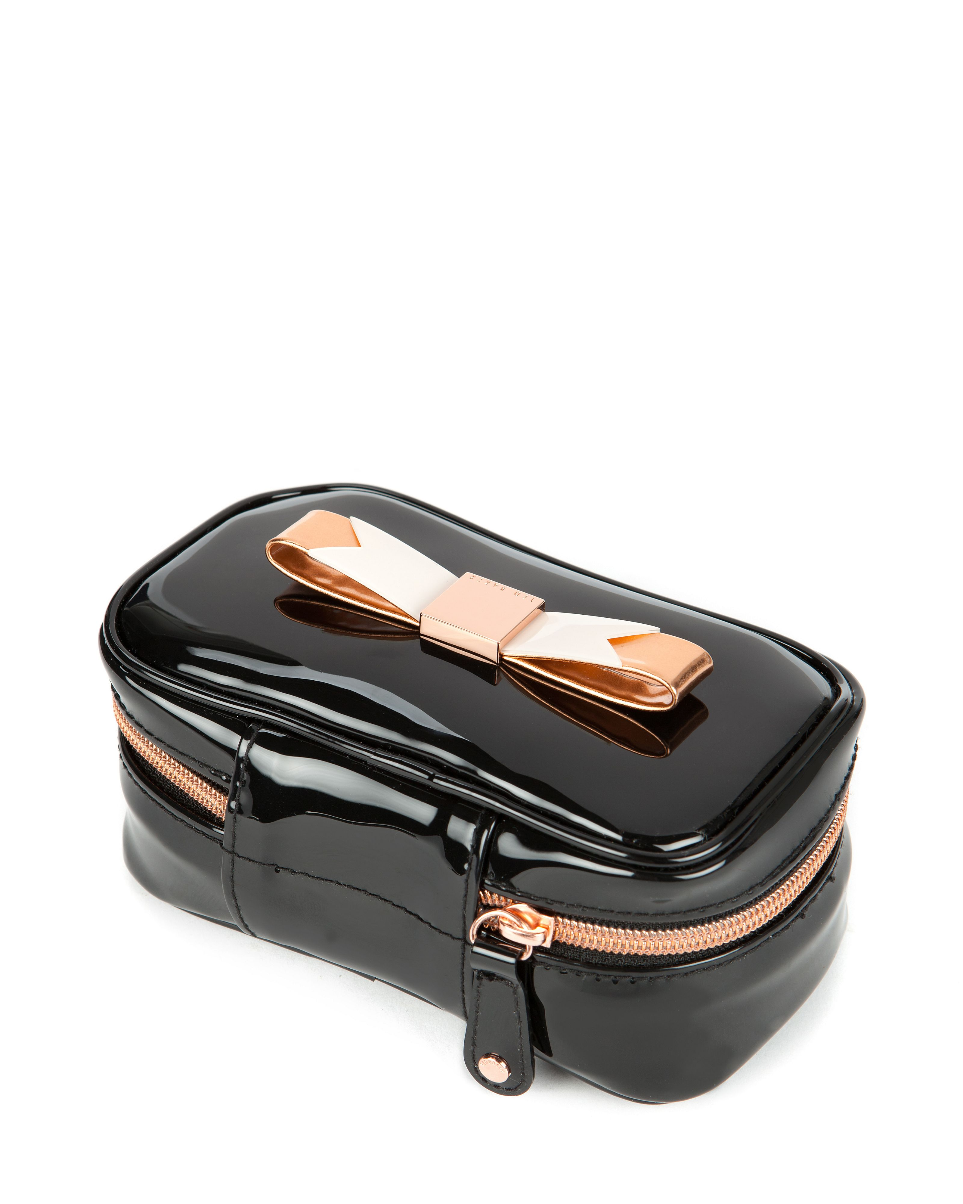 Sanny Bow jewellery case