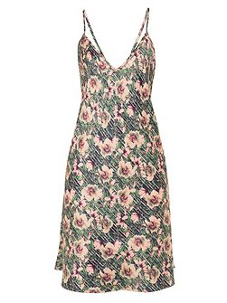 Lotus print nightdress