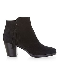 Kim Ankle Boot