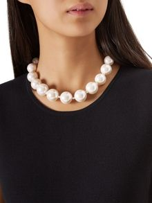 Hobbs Evelyn Pearl Necklace