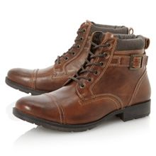 Boswell-toecap buckle boot