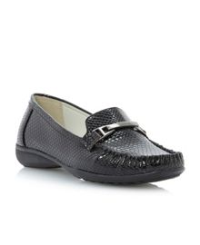 Lawton croc material loafer shoes
