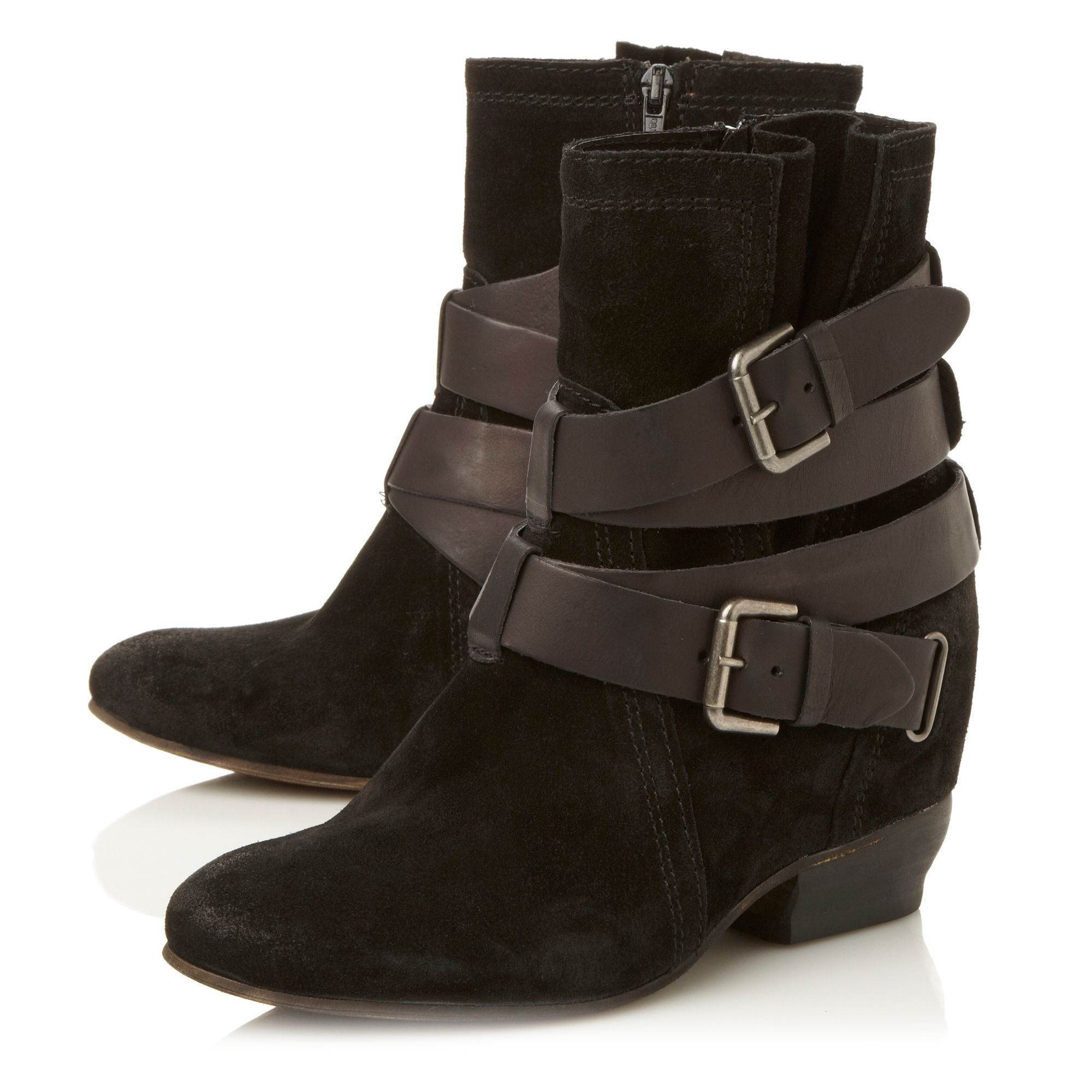 Pitch consealed wedge strap boots