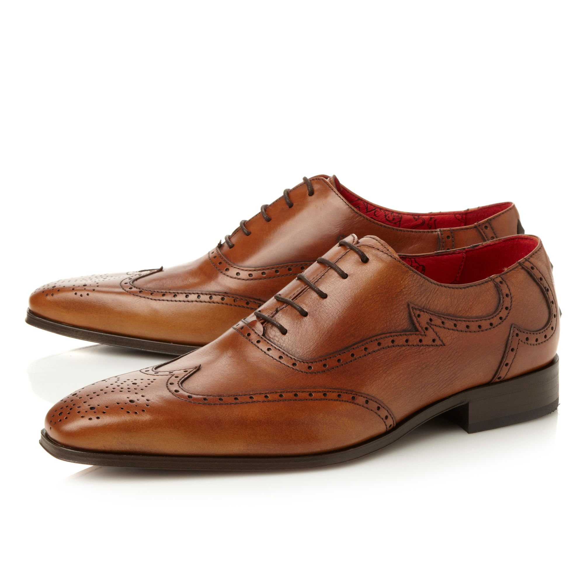 contrast wingtip oxford
