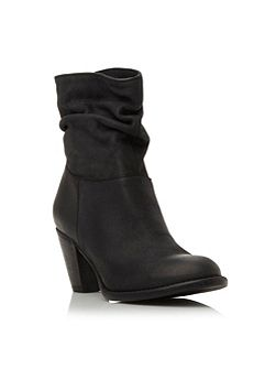Steve Madden Welched ruched calf boot