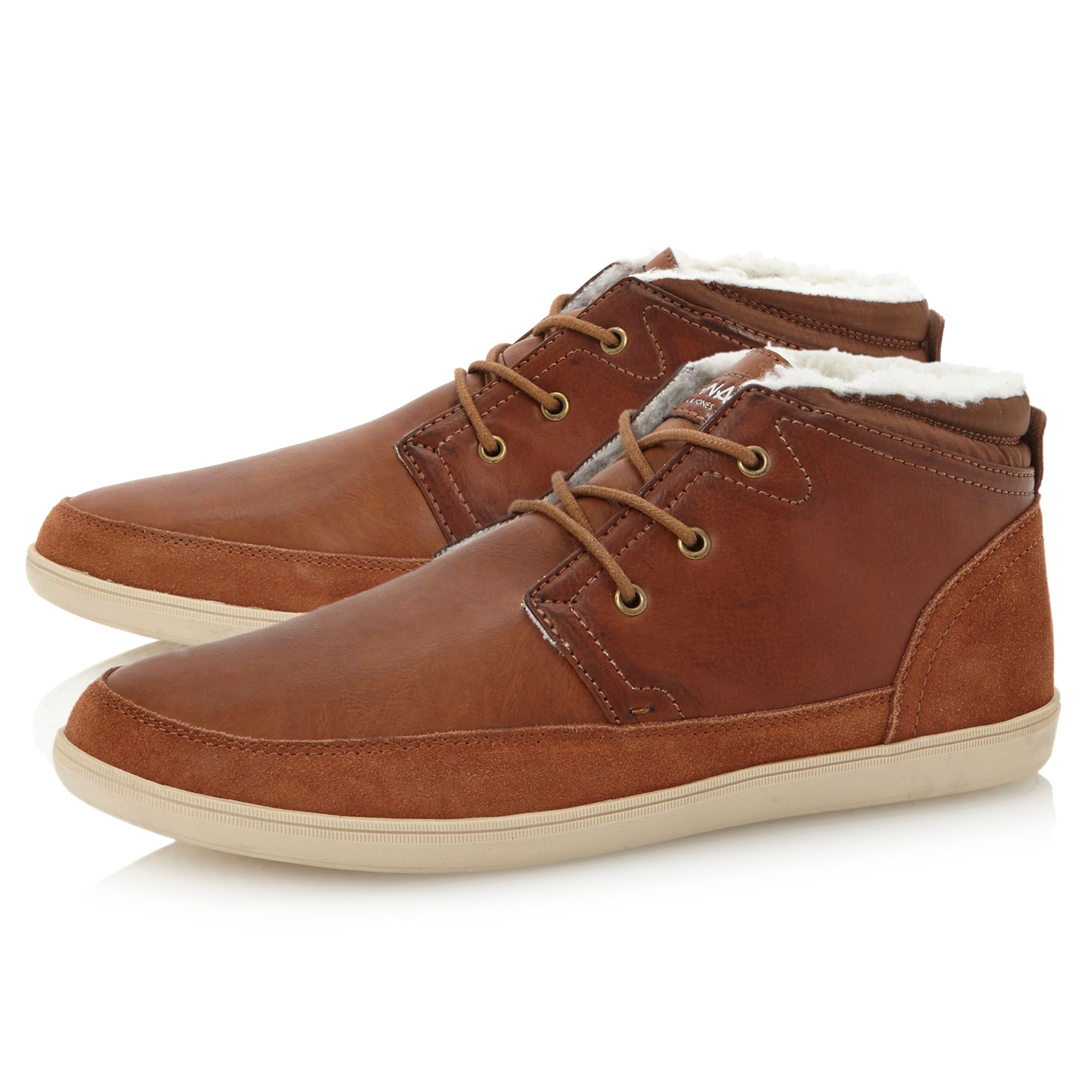 sword mid fleece lined chukka boot