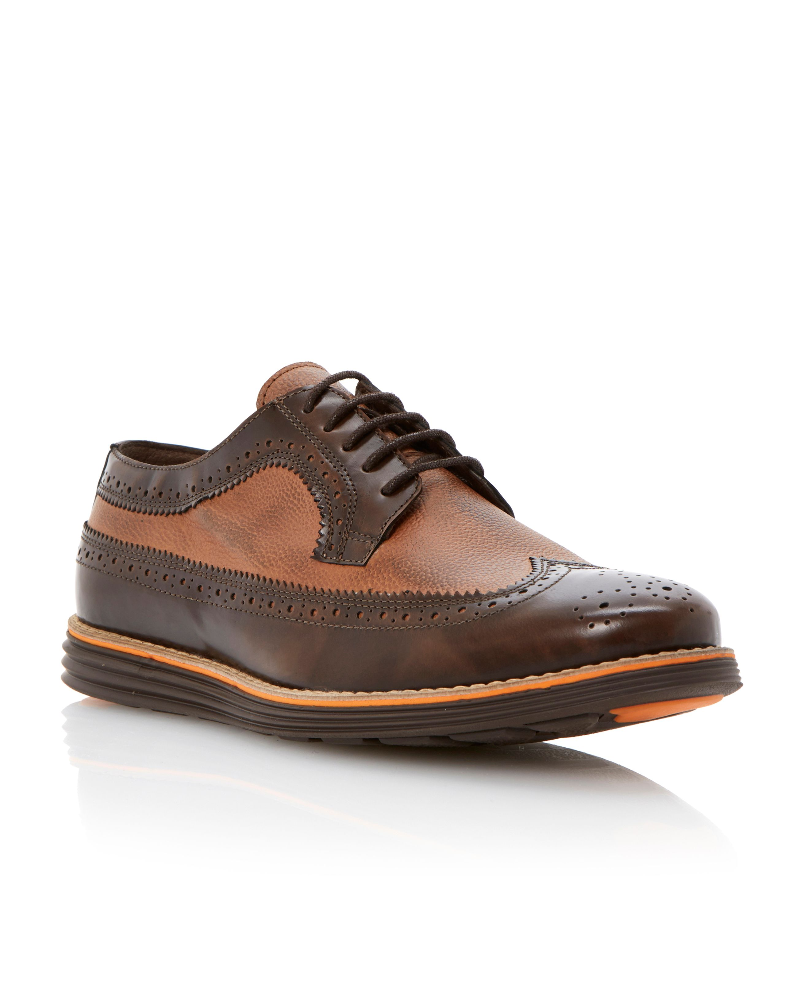 Bayswaters two tone brogue sporty so