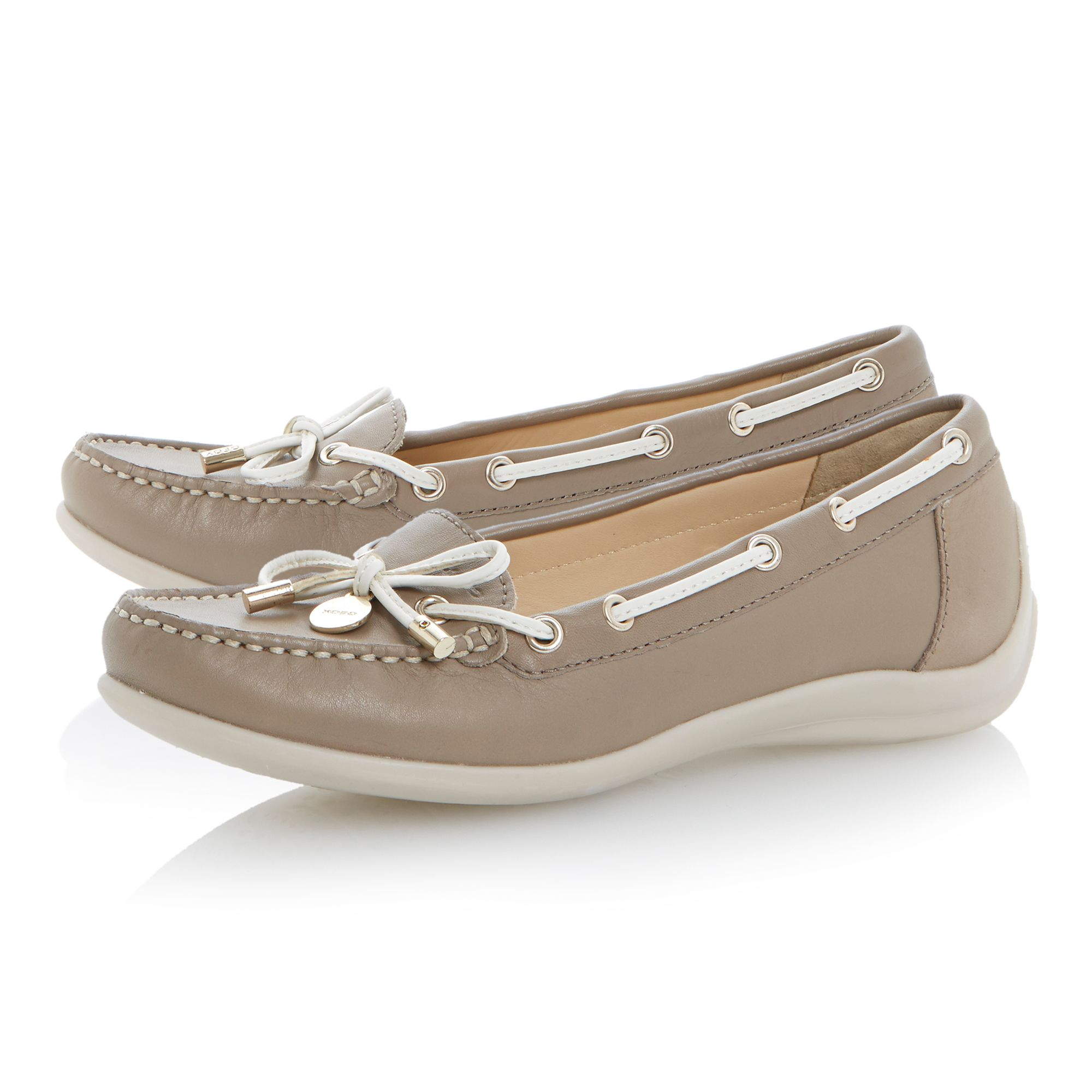 Yuki velcro leather flat round toe boat shoes