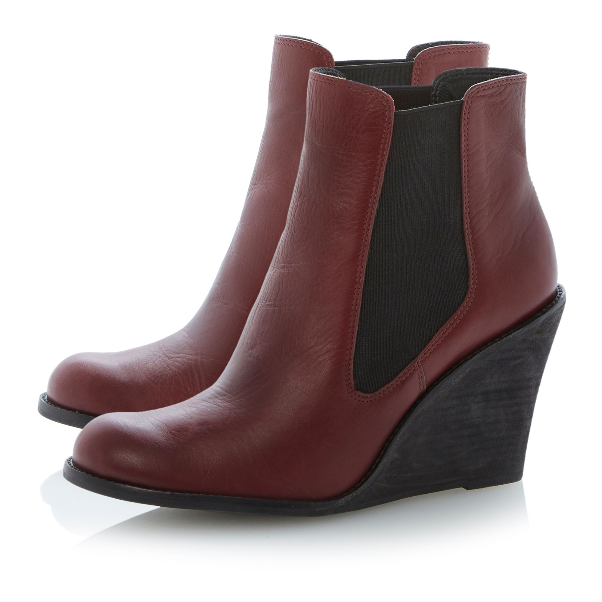 Peoney elastic gusset wedge boots