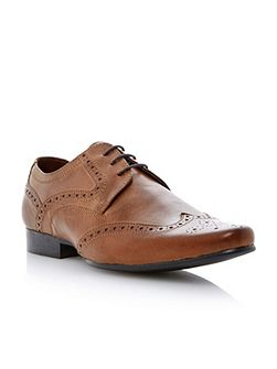 Howick Adams lace up almond toe wingtip brogues