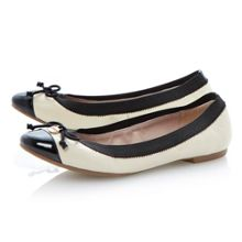 Marisa leather round toe ballerina shoes