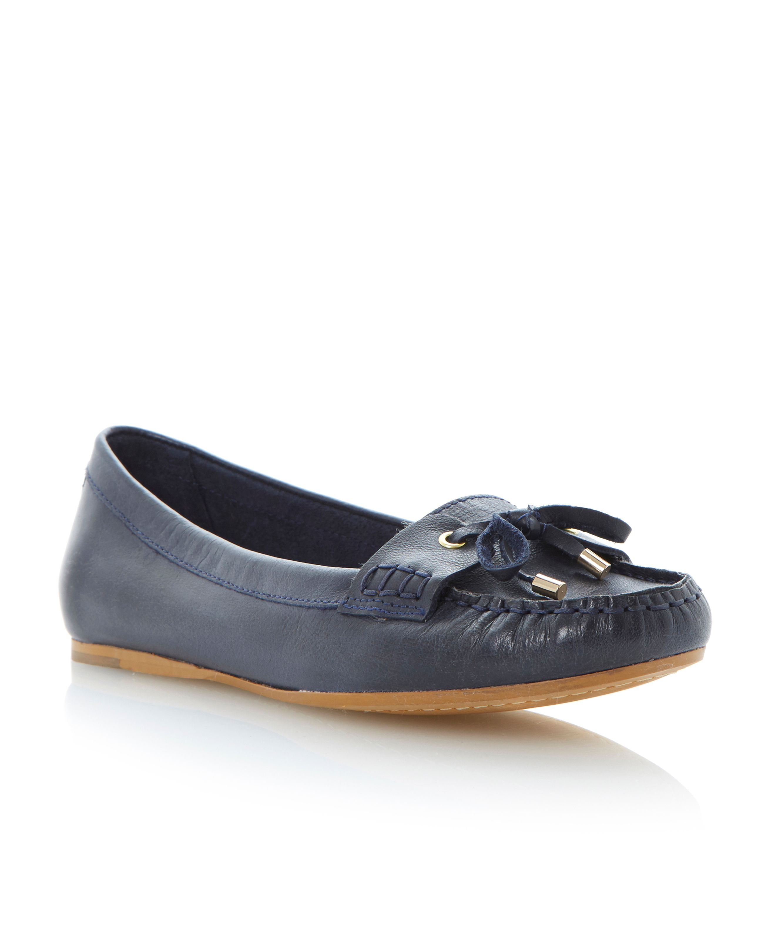 Lavine leather round toe flat mocassin shoes