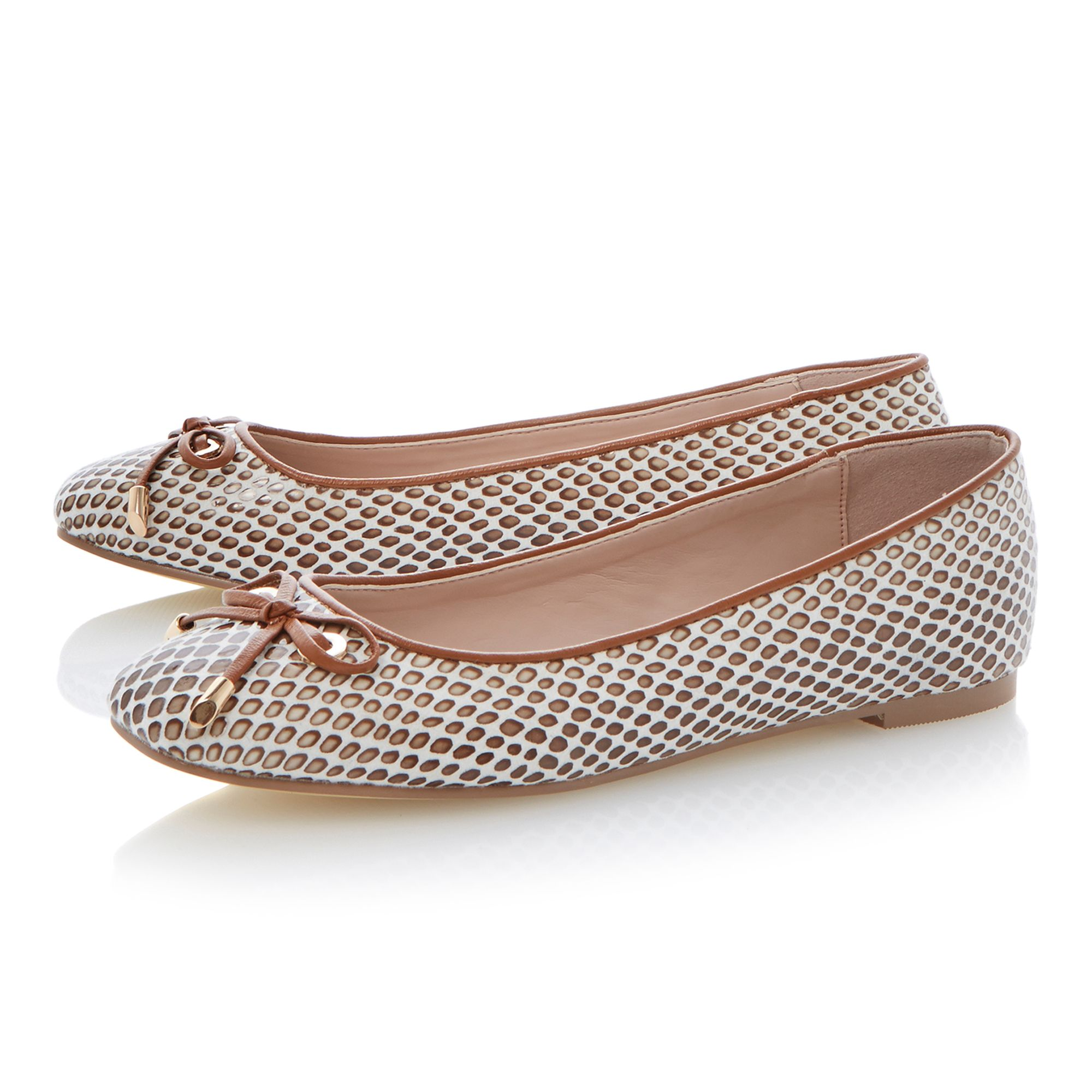 Meanda square toe ballerina shoes