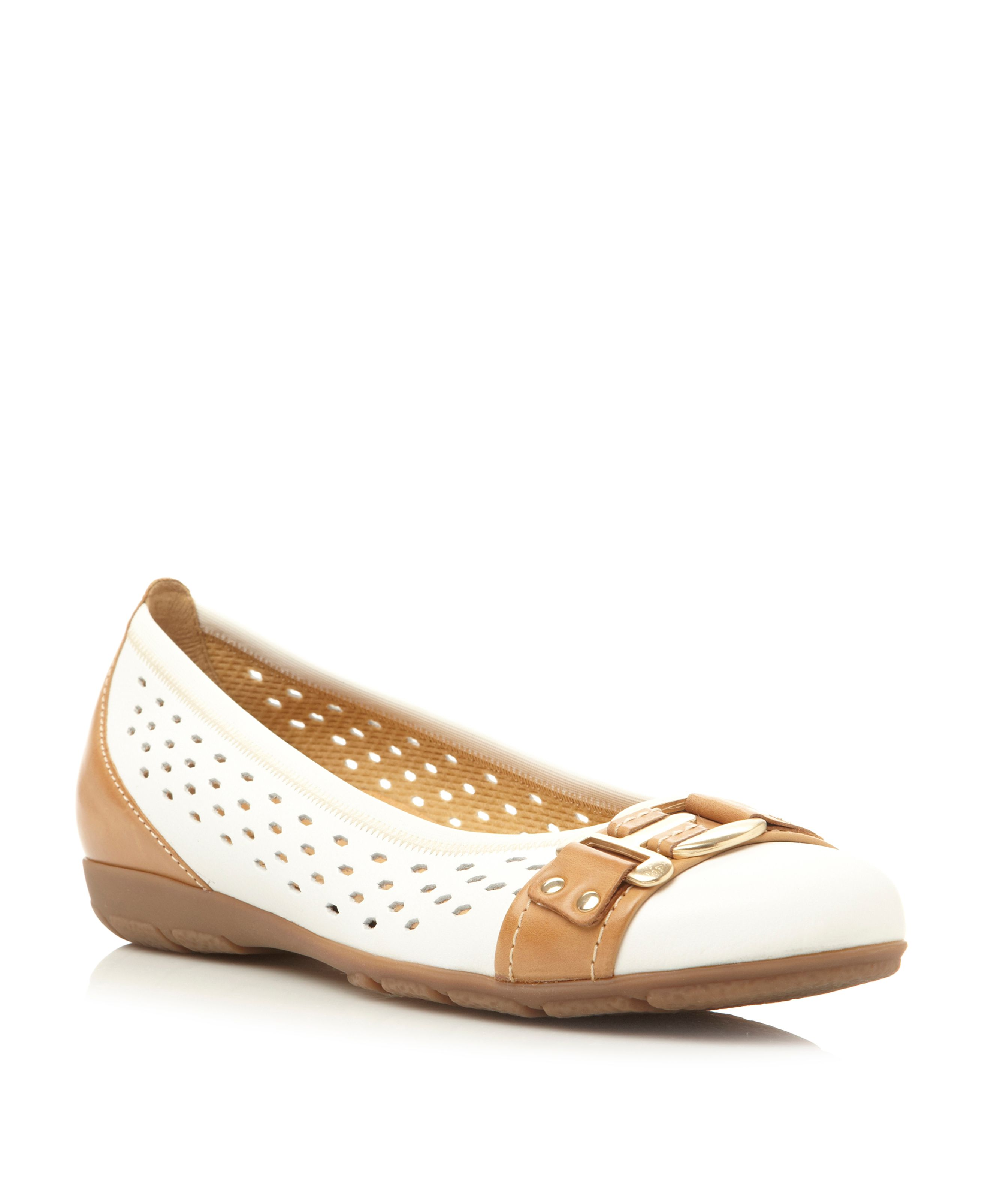 Foyle leather round toe ballerina shoes