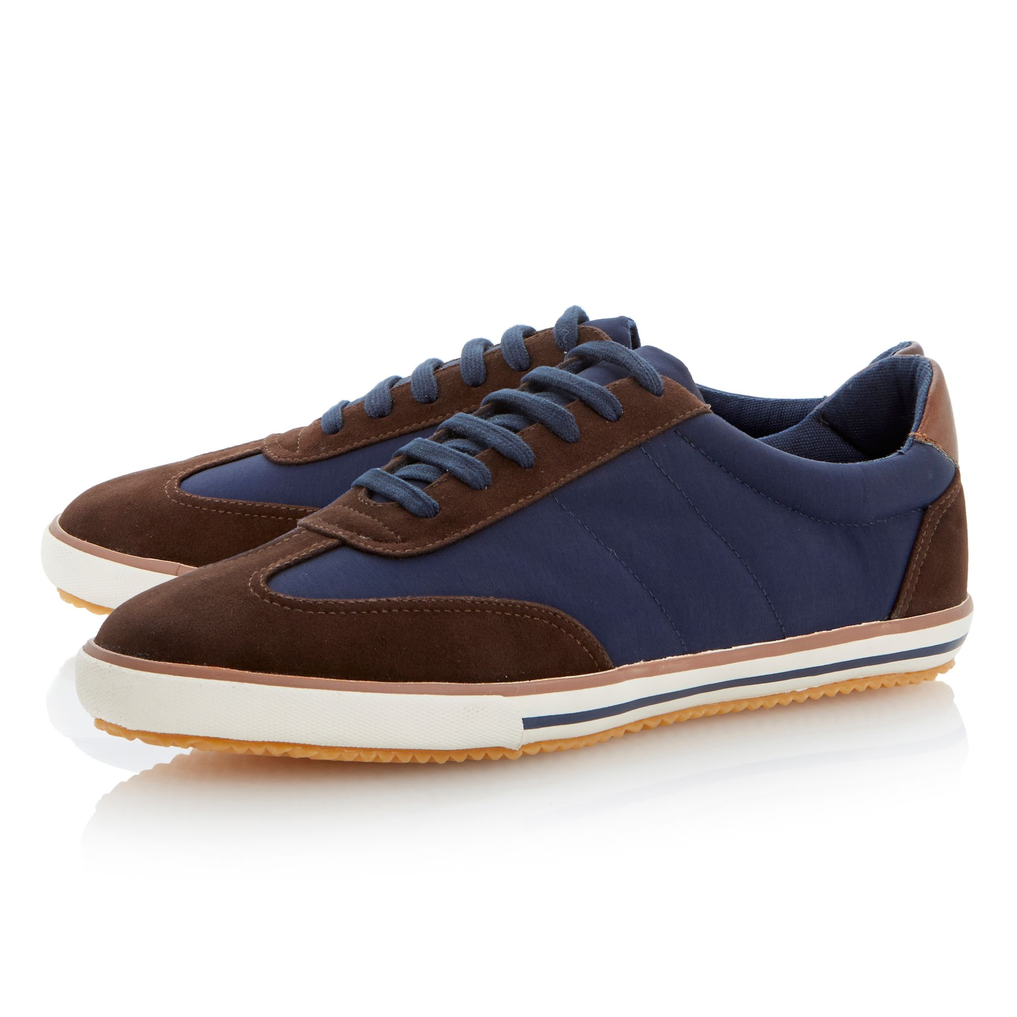 Teckers lace up wingtip runners