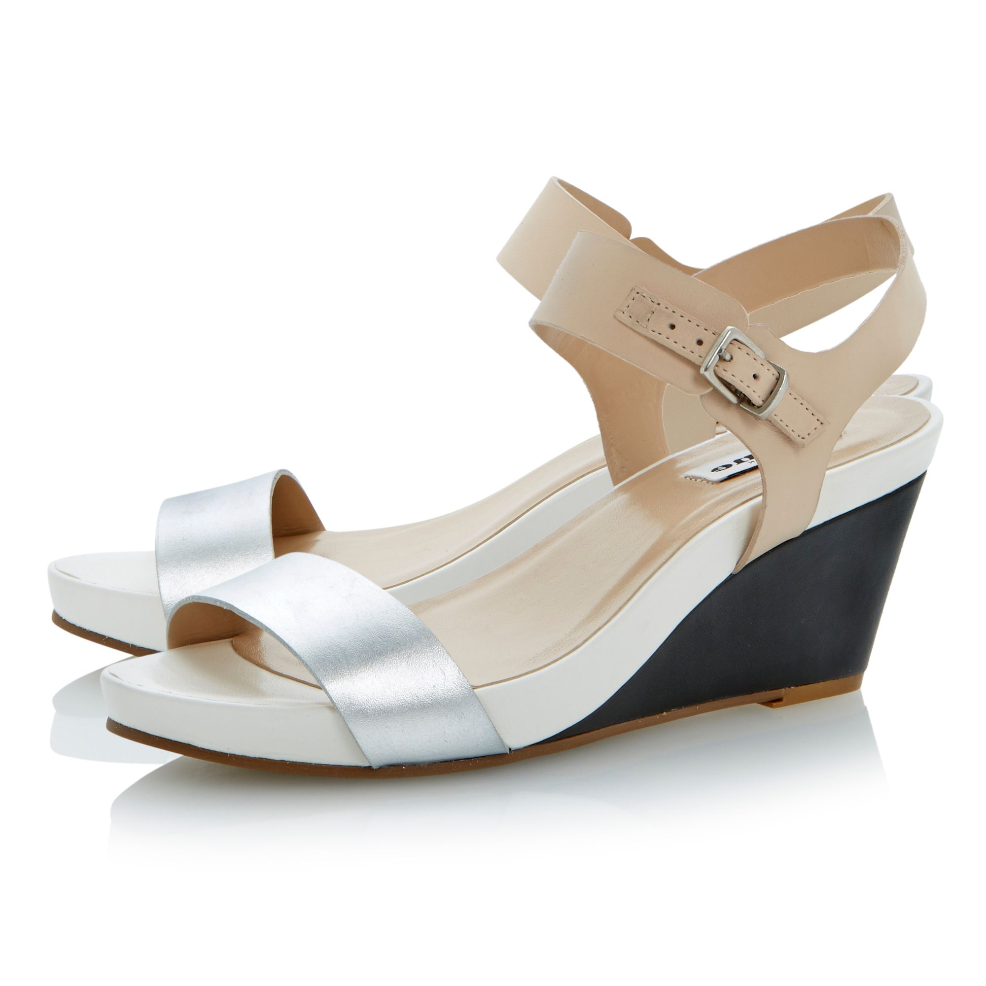 Getup buckle leather wedge sandals