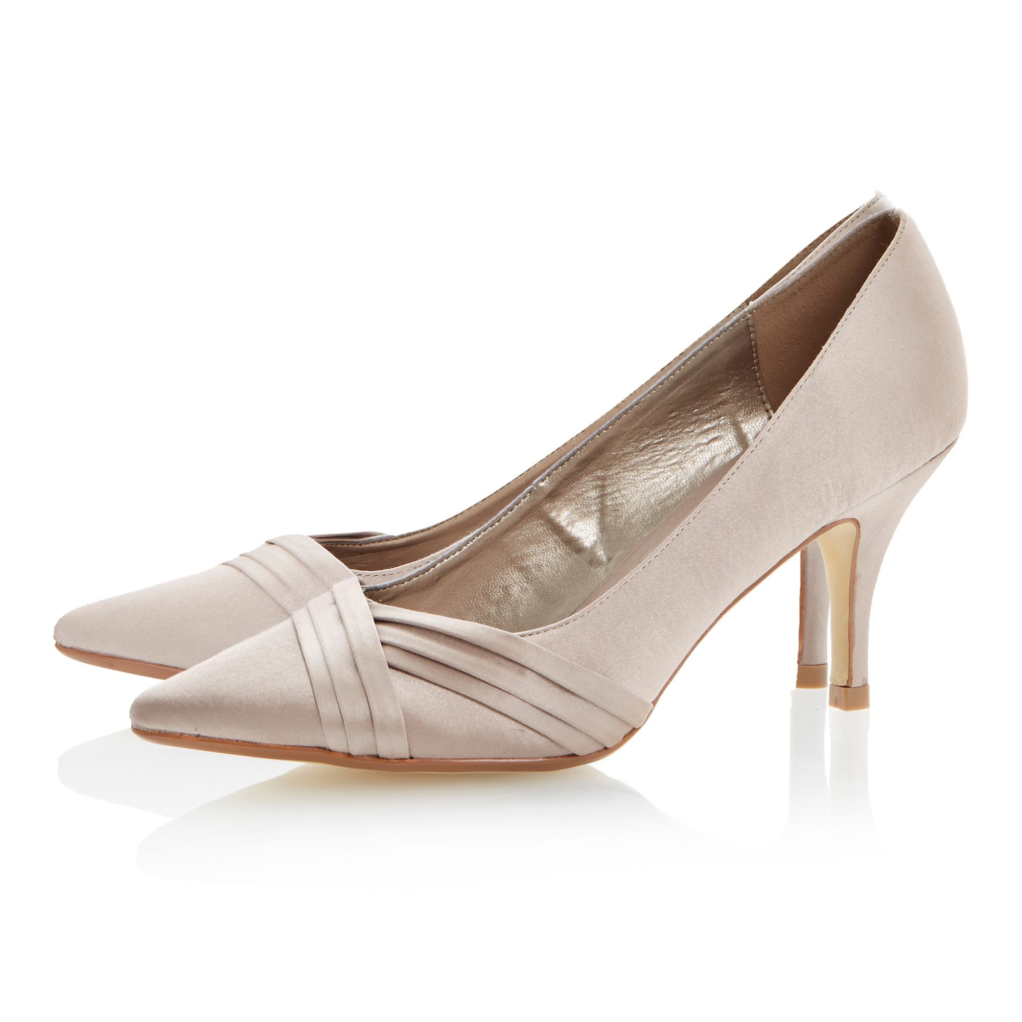 Bamboo pleated vamp detail court shoes
