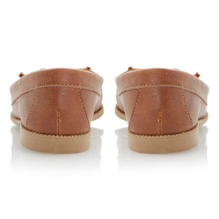 Lactils flat almond toe boat shoes