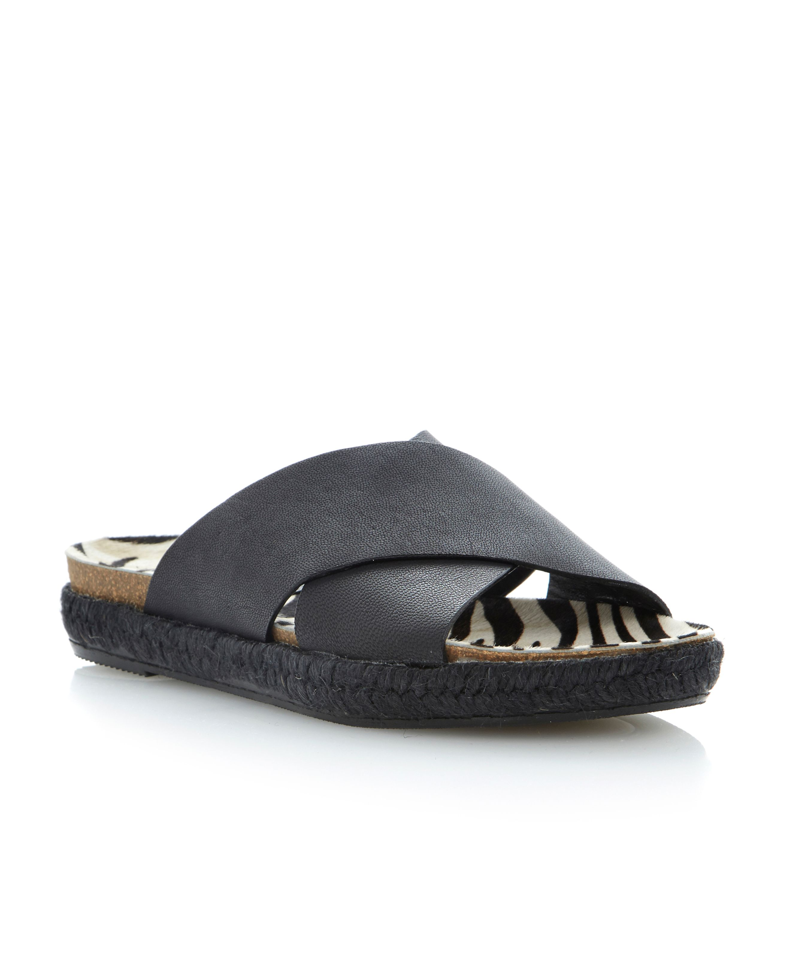 Lisa leather flat sandals