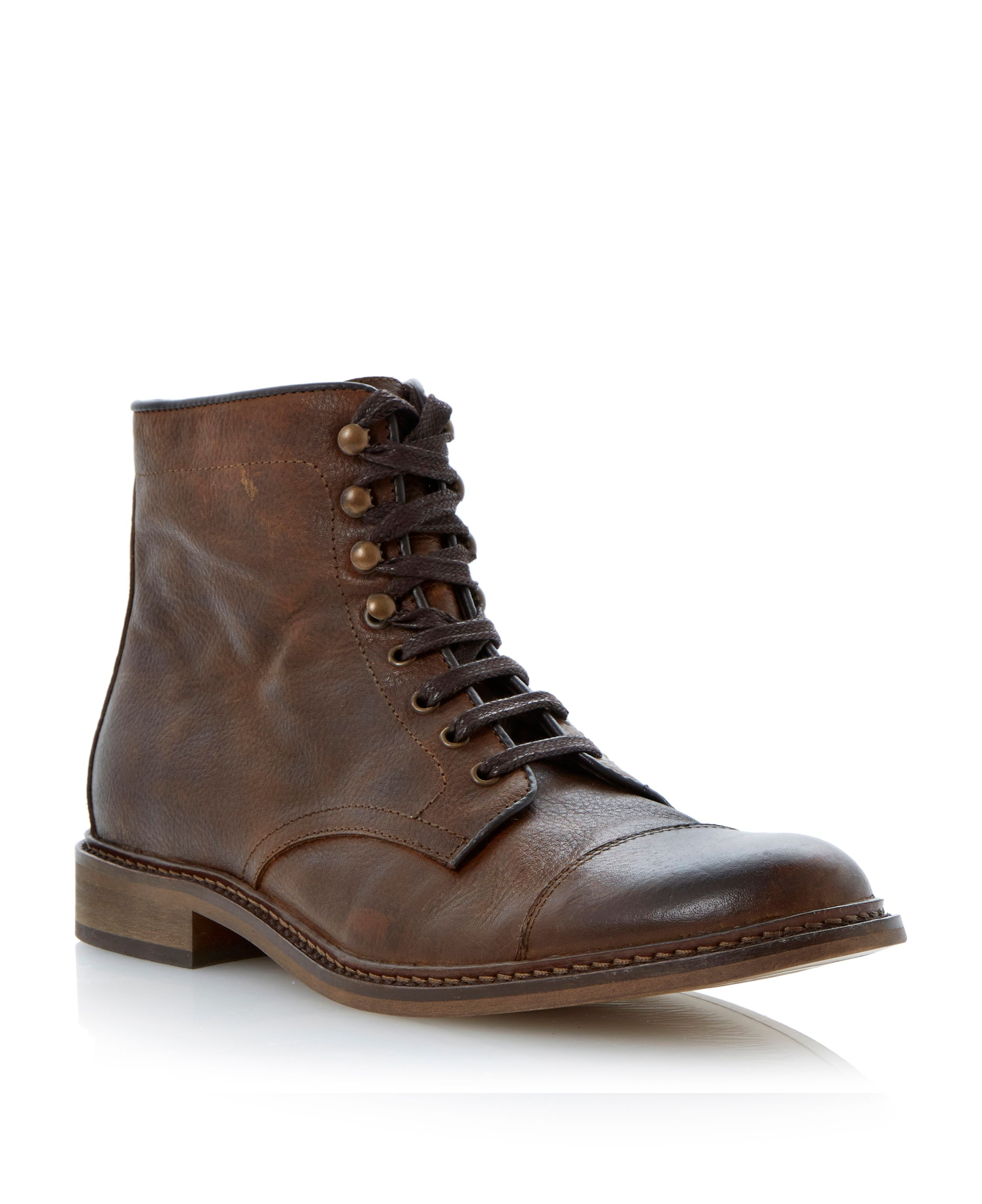 Capetown lace up toecap boots