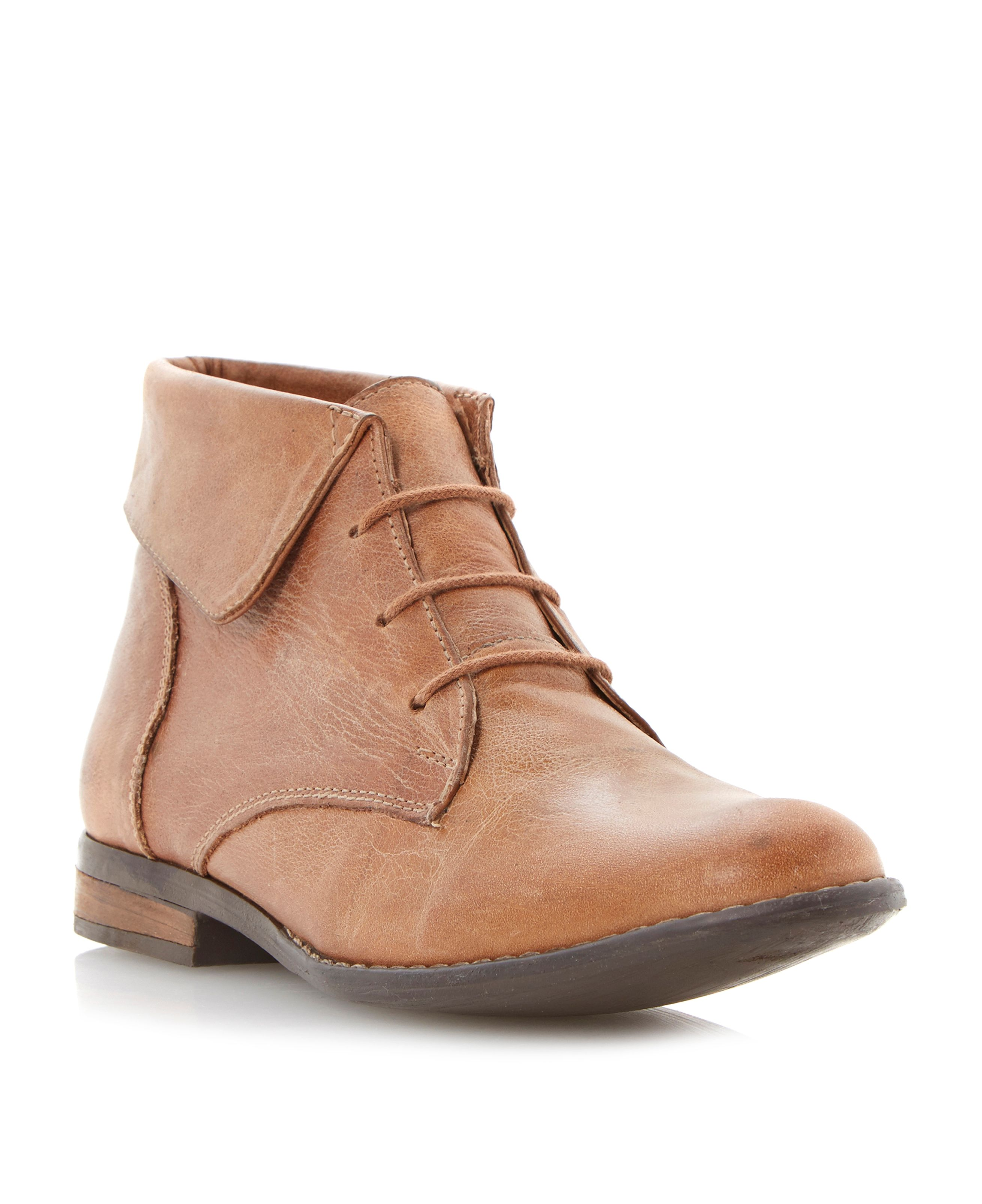 Stingrei fold down cuff boots