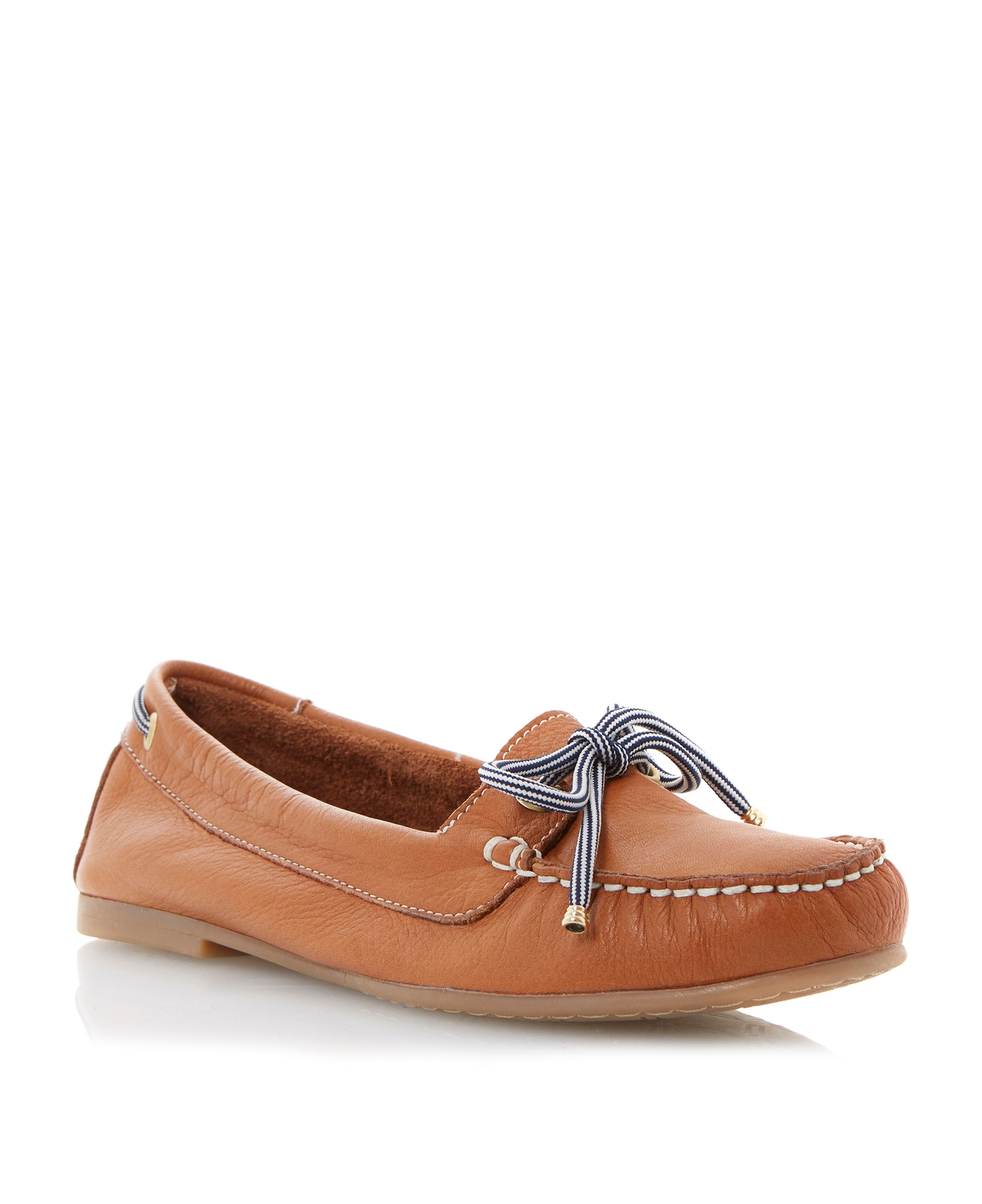 Lautical leather round toe flat deck shoes