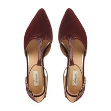 Caroly pointed toe t-bar court shoes
