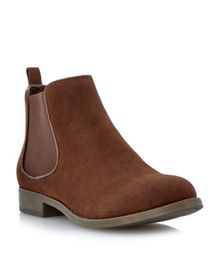 Prita Casual Chelsea Ankle Boot