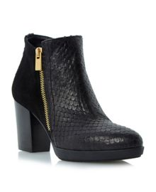 Ponto pointed platform ankle boots