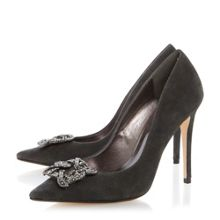 Breanna brooch pointed toe court shoes