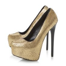 Devona Metallic Platform Court Shoe