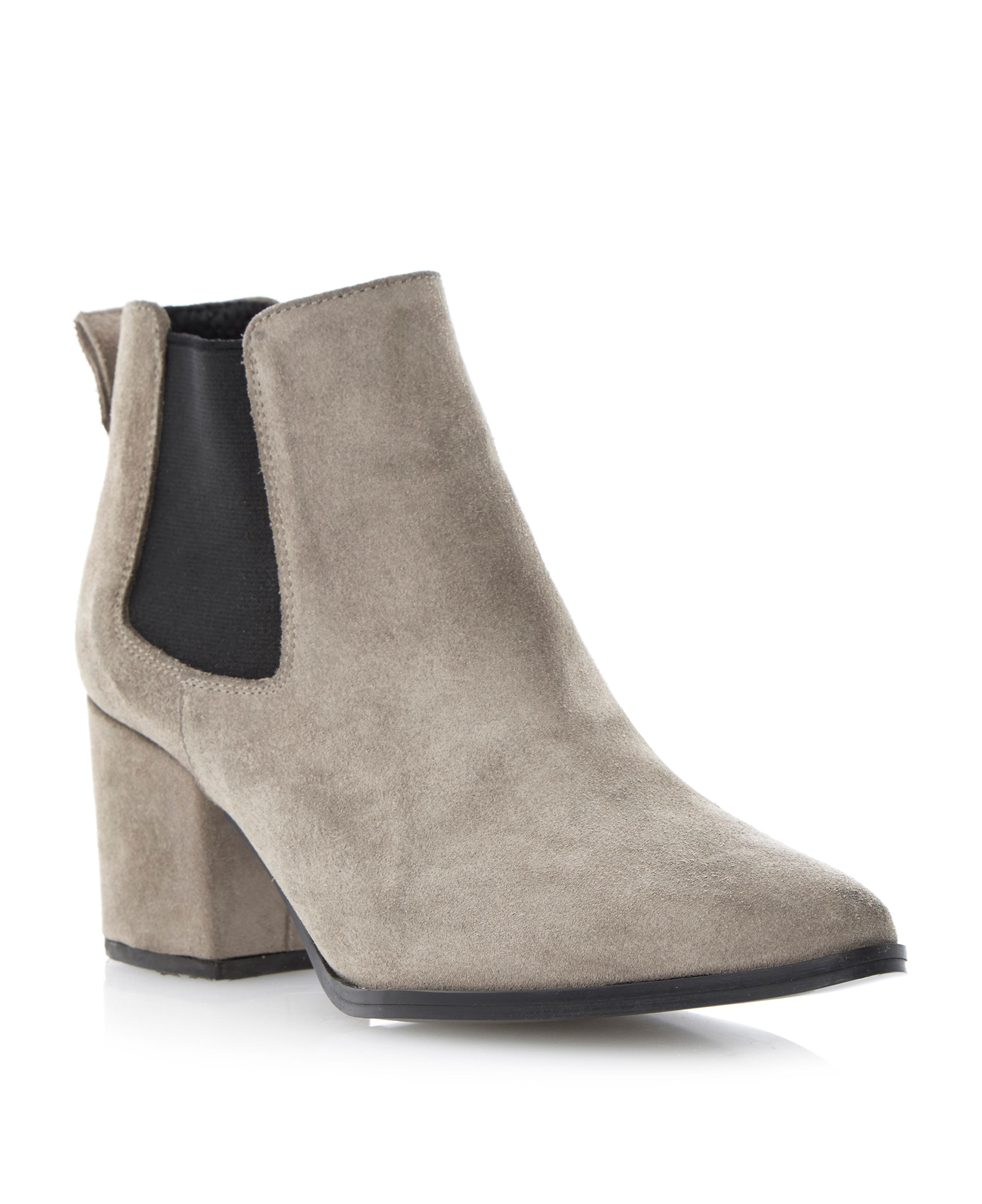 Panola point block heel chelsea boots