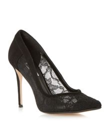 Buffie Sweetheart Court Shoe