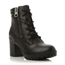Noodless lace up ankle boot