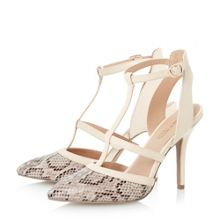 Ceres pointed toe caged court shoe