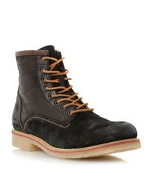 Casters Lace Up Casual Chukka Boots