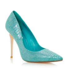 Burst metallic court shoe