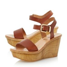 Kellie wooden wedge