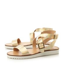 Melllow sm cleated flat sandals