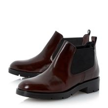 Phee low leather chelsea boot