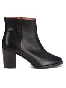 Liv casual mid ankle boot