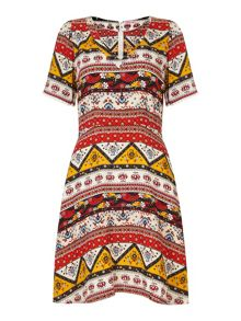 Trollied Dolly Easy V`sey Dress