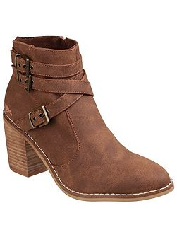 Deon zip up boots