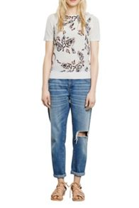 Abstract leaf woven front tee